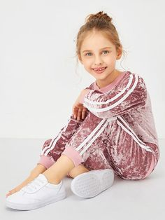 Product name: Girls Contrast Tape Side Velvet Top & Pants at SHEIN, Category: Girls Two-piece Outfits Cute Girl Outfits, Kids Outfits Girls, Girls Dresses, Kids Fashion, Fashion Outfits, Velvet Tops, Two Piece Outfit, Girls Shopping, Outfit Sets