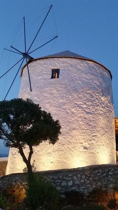 Windmill in Leros! Santorini Villas, Myconos, Old Windmills, Greece Islands, Greek Wedding, Holiday Accommodation, Greek Art, Crystal Clear Water, Acropolis