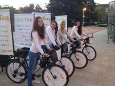 Publi Ciclo - Bicicletas con publicidad Advertising Channels, Bike Food, Bike Trailer, Street Marketing, Ads Creative, Bicycle, Showroom, Live, Metal