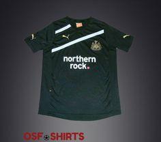NEWCASTLE-UNITED-Third-2011-2012-FOOTBALL-SHIRT-YL-Jersey-Maglia-Camiseta-Soccer  http://www.ebay.com/itm/-/332081781321