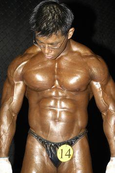 Nam Kyoung Yun (남경윤, Korean Bodybuilder)