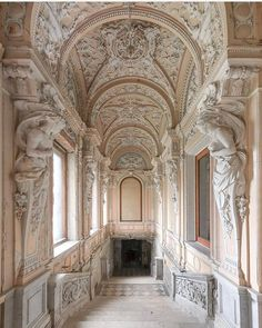 """versaillesadness: """"Congratulations to on this beautiful picture of Osobnyak Kuptsov Brusnitsynykh, one of the many example of the wonderful architecture of Saint Petersburg 🏛️👑 . Architecture Design, Baroque Architecture, Classic Architecture, Beautiful Architecture, Beautiful Buildings, Beautiful Places, Beautiful Pictures, Aesthetic Wallpapers, Interior And Exterior"""