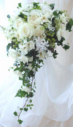 ブーケ キャスケード シェドゥーブルとグリーン ウェスティンホテル様へ : 一会 ウエディングの花