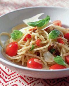 Soms kan simpel zo lekker zijn.... Spaghetti alla puttanesca - Recepten - Culinair - KnackWeekend.be