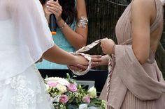 """Handfasting la """"legatura delle mani"""" un Rito personalizzato del Matrimonio Lace Wedding, Wedding Dresses, Mani, Italy Wedding, Wedding Planner, Weddings, Fashion, Rome, Elegant"""