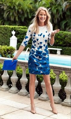 Nice blue floral print dress   | floral | | floral print and patterns | http://www.thinkcreativo.com/