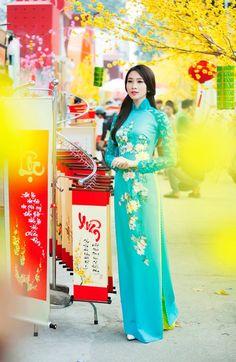 Hoa hậu Thu Thảo nền nã áo dài truyền thống ngày Tết hình ảnh 9