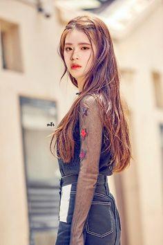 First Girl, My Girl, Pretty Boys, Cute Boys, Bts Army Bomb, Boy Idols, Fan Edits, Lee Daehwi, Kpop Fanart