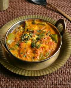 Paneer capsicum masala (Bell pepper with onion, cashew nut, coconut, coriander seeds, kasuri methi (fenugreek leaves) and tomato-based spicy masala gravy) Paneer Recipes, Veg Recipes, Curry Recipes, Side Dish Recipes, Indian Food Recipes, Asian Recipes, Vegetarian Recipes, Cooking Recipes, Healthy Recipes