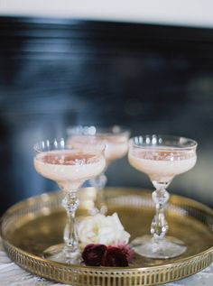 Blush Cocktail in Vi