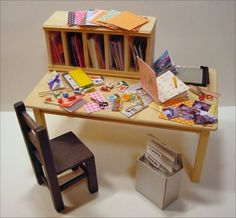 how to: mini craft table, click for printies too.
