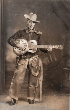 in love with this vintage cowboy :o) The day when men where men. . . . . .