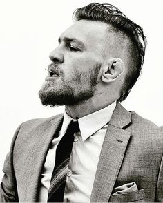 If you want to replicate the iconic Conor McGregor haircut and beard you're in the right place. This guide documents all of Conor McGregor hair evolution. Conor Mcgregor Haircut, Conor Mcgregor Suit, Mcgregor Suits, Conor Mcgregor Quotes, Conner Mcgregor, Long Hair Beard, Short Beard, Mcgregor Wallpapers, Mohawks