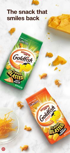 Enjoy an extra sprinkle of oomph with Goldfish Flavor Blasted crackers. Discover your favorite flavor of the snack that smiles back at Target. Thanksgiving Chocolate Desserts, Apple Desserts, Homemade Desserts, Cookie Desserts, Christmas Desserts, Breakfast Bread Recipes, Snack Recipes, Snacks, Heathy Treats