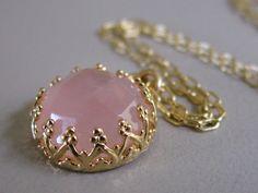 Rose Quartz necklace, Gold necklace, Rose Quartz pendant, Vintage necklace, pink stone necklace, Bridal necklace, bridesmaids gift