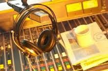 Although most of the metropolitan areas offer some amount of training in audio production however for the ones who want to craft a niche in the industry should consider taking professional Audio Recording Course to be successful in this challenging forte.