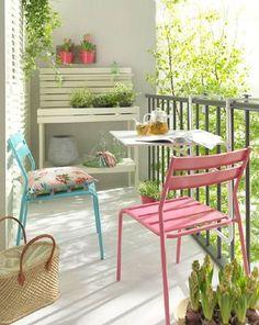 Patio Area Bar Chairs for Comfortable Outdoor and Poolside Seating – Outdoor Patio Decor Porch And Balcony, Outdoor Balcony, Outdoor Decor, Balcony Ideas, Balcony Garden, Parasols, Patio Umbrellas, Balcony Design, Small Patio
