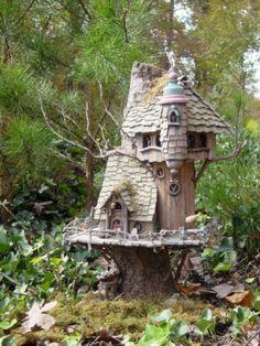 Excellent Tree Stump Fairy House Garden