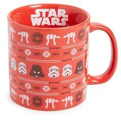 Vandor Star Wars Christmas Mug (€13) ❤ liked on Polyvore featuring home, kitchen & dining, drinkware, christmas, red, red mugs, red stoneware, christmas drinkware, wizard of oz mug and star wars mug