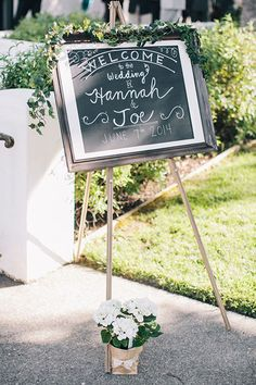 A simple chalkboard ceremony sign | @clanegessel | Brides.com