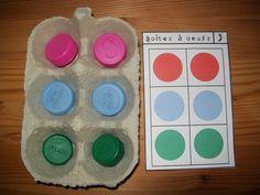 Se repérer dans l'espace : Les boîtes à oeufs Montessori Activities, Preschool Kindergarten, Learning Activities, Preschool Activities, Finding Yourself, Pose, Egg Boxes, Images, Busy Boxes