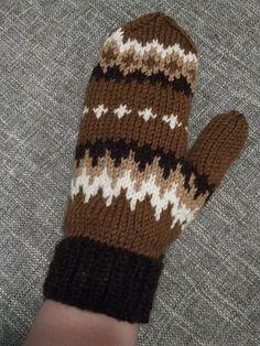 Ravelry: The Bernies pattern by Melissa Anderson Fingerless Mittens, Knit Mittens, Knitting Socks, Hand Knitting, Knitting Stitches, Knitting Patterns Free, Crochet Patterns, Crochet Mittens Pattern, Crochet Hats