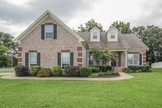 OPEN HOUSE! Saturday, Aug. 30, 1-3 p.m. 1924 Walking Dr., MBoro, TN **LISTING PRICE $249,900. This beautiful all-brick, 2-story home offers a foyer, hardwood flooring in the living/dining area, fireplace and beautiful master bedroom. Gorgeous galley kitchen with granite countertops, wood cabinets and back & silver appliances. Large, fenced-in back yard, covered porch and patio. 3 Bdrm/ 3 Full Bath, 2575 sq. ft., 2 Car Garage, Handicapped Accessible, Oakland District. Hosted by Diane…