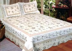 American Hometex Monica Quilt Set, Queen