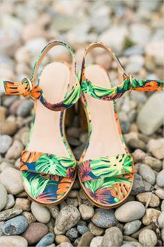 tropical wedding shoes @weddingchicks #shoes