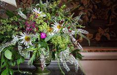 **  Flower arrangement