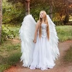 🎃🎃This is the best Halloween costume! ⭐⭐Become the brightest angel in the crowd! Everyone will envy your angel wings! Angel And Devil, Cool Halloween Costumes, Halloween Makeup, Happy Halloween, Halloween Decorations, Angel Wings, Adult Fancy Dress, Percy Jackson Facts, Pumpkin Lights