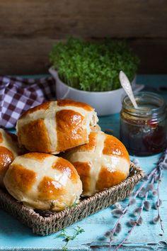 Hot cross buns - bułeczki wielkanocne