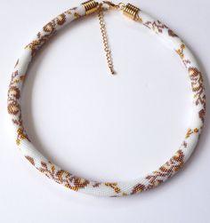 Anastasia Schlauchkette  Häkelkette von MilasBeads auf Etsy, €75.00