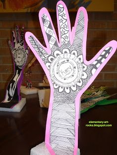 Art Rocks!: 'Henna Sculptures' ...  great kids' project w Zentangle