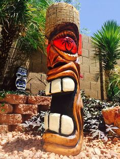 Custom order yours today! Tiki Decor, Surf Decor, Tree Carving, Wood Carving, Tiki Maske, Tiki Pole, Tiki Art, Tiki Tiki, Tiki Faces