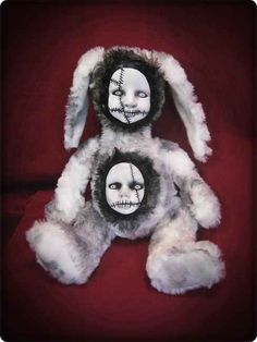 Two faced rabbit by creepy dolls by Christie..i want this for my collection sooo bad!!!
