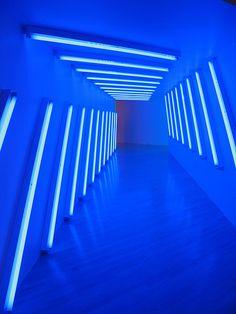 Blue Aesthetic Dark, Neon Aesthetic, Linear Lighting, Neon Lighting, Dan Flavin, Neon Bleu, Light Background Images, Modern Love, Blue Walls