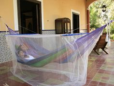 Hammock Mosquito Net - Don't bug out when the mosquitos come! Get the Sunnydaze Decor 6 ft. Hammock Mosquito Net and enjoy the relaxing, bug-free slumber of your. Baby Hammock, Outdoor Hammock, Hammock Chair, Hammock Stand, Outdoor Seating, Hammock Ideas, Mosquito Control, Mosquito Net, Outdoor Life