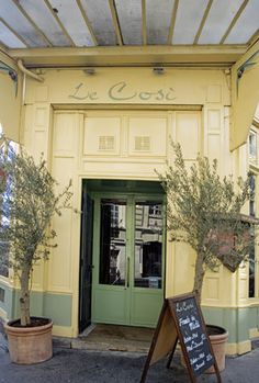 paris le cosi restaurant -- a bit expensive, but it looks great!