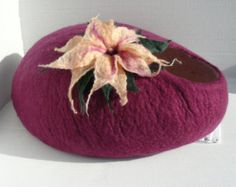 Felted Cat Bed / Cat Cave / Cat Den / Cat House/ by GabbyByKitty