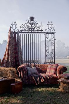 Detail Collective | Share the Love | Mulberry Bohemian Romance Collection : Image: GP & J Baker