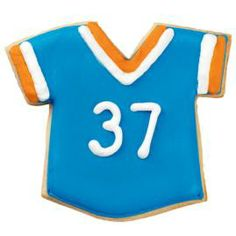 Every member of the team can have a personalized jersey. Cut jerseys with our Football Theme Cookie Cutters.