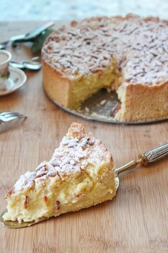 Sbriciolata della nonna No Cook Desserts, Health Desserts, Bakery Recipes, Cooking Recipes, Cooking Tips, Mexican Dessert Recipes, Flourless Cake, Best Italian Recipes, Sweet Pastries