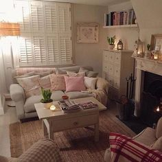 Cosy looking little living room.