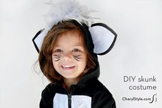 Our easy DIY hoodie skunk costume makes this Halloween extra special and you don't even need a sewing machine! A hot glue gun and a few whipstitches will do the job in no time. Animal Halloween Costumes, Halloween Make, Halloween 2015, Cute Costumes, Baby Costumes, Costume Ideas, Halloween Ideas, Awesome Costumes, Costumes