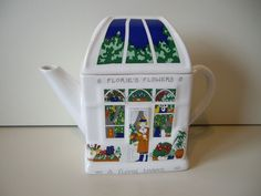 Wade collectors teapot - English Life : Flories flowers