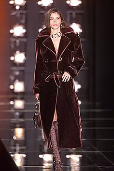 Christian Dior Fall 2000 Ready-to-Wear - Collection - Gallery - Style.com