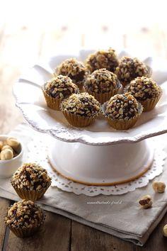 Ferrero Rocher e Raffaello: ricette semplici per farli in casa   Anna On The Clouds