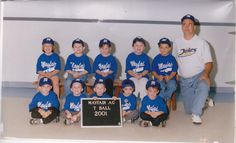 When my brothers were cute and innocent. (The 2nd and 4th kid in the 1st row.)