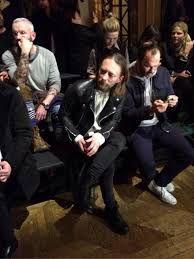 「トムヨーク ファッション」の画像検索結果